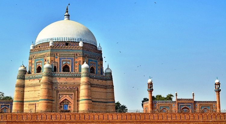 10 most famous Historical Sites in Pakistan to visit