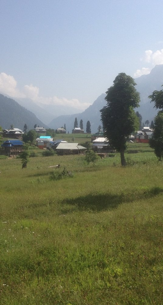 Arrang Kel Village