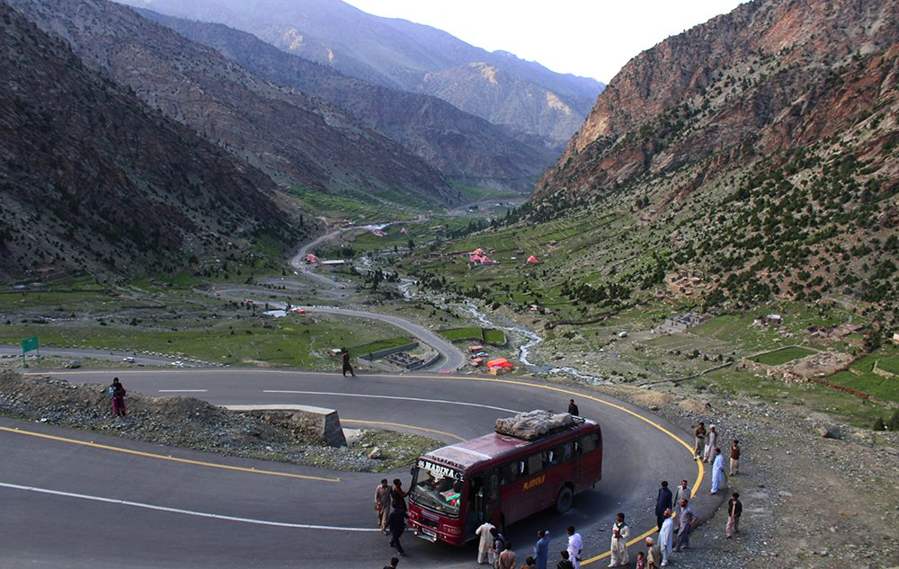 Snake road from Babusar Pass