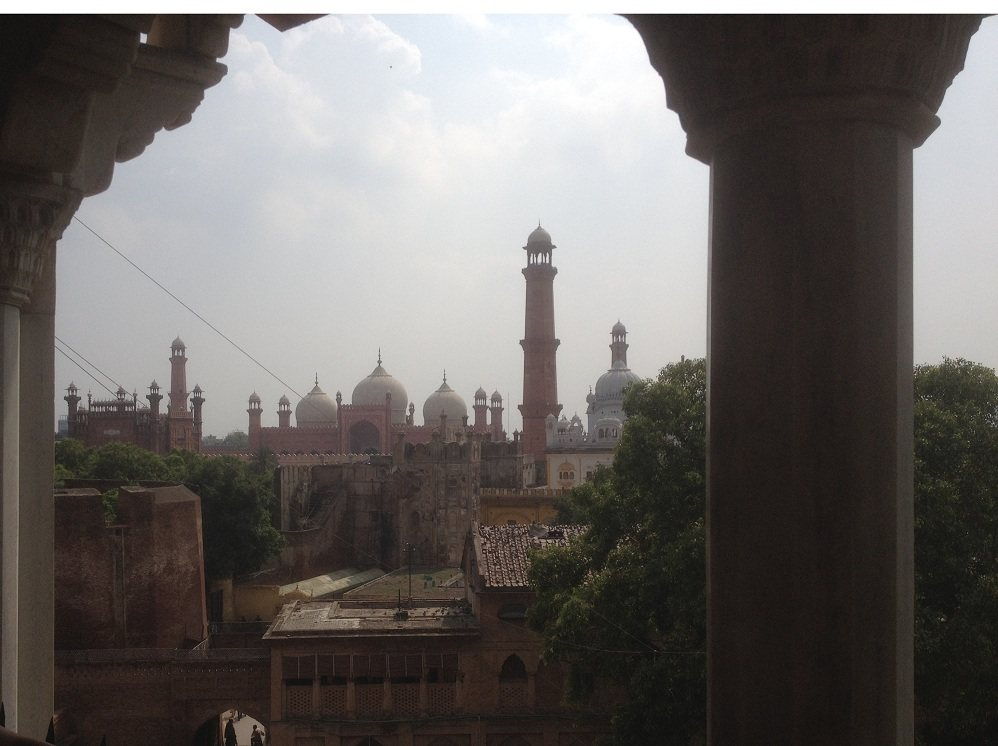 Badshahi Mosque from Shahi Fort