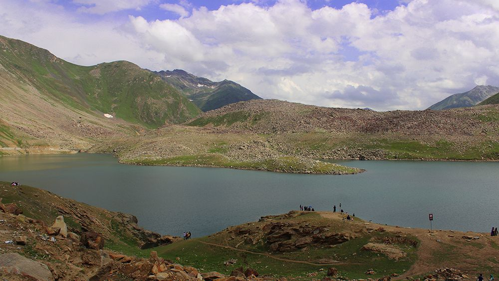Beautiful View of Lulusar Lake