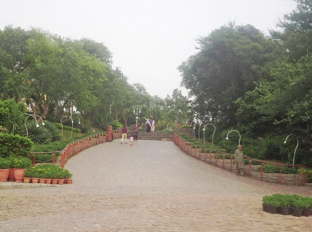 Daman-e-Koh View Point