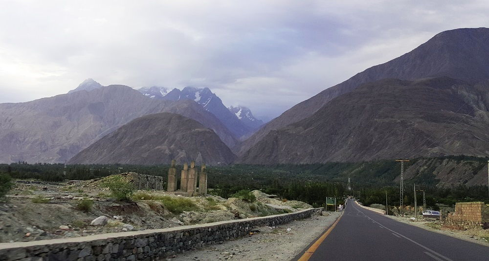 KKH crossing Danyor