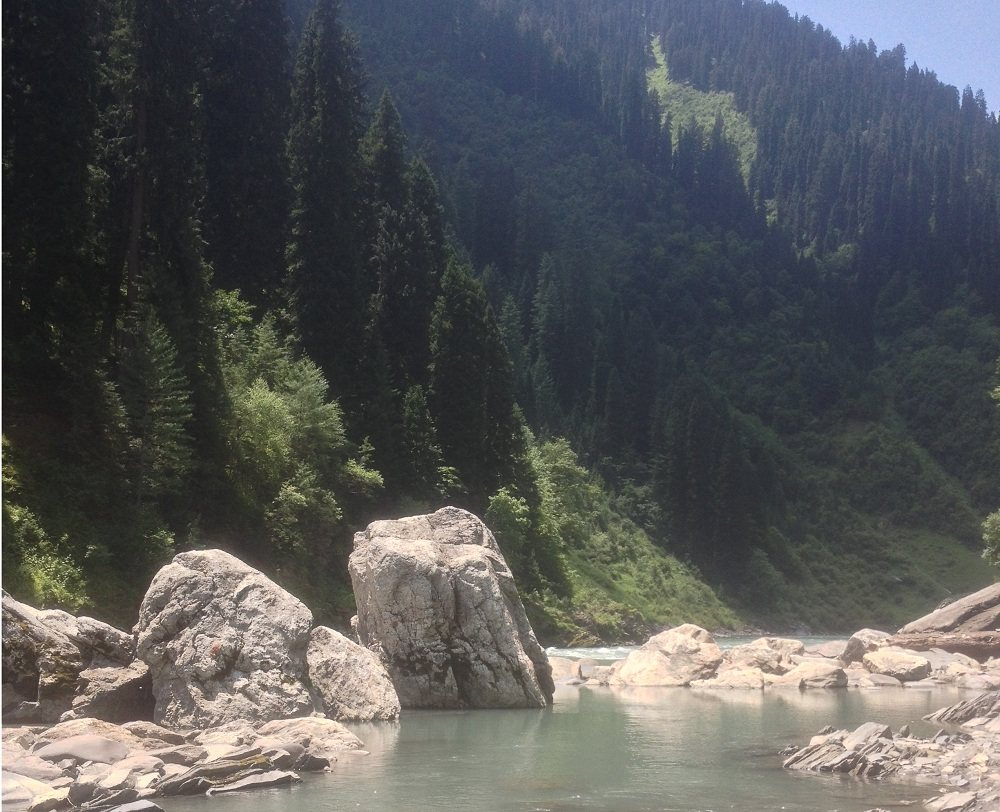 Beautiful Neelum River View near Janwai
