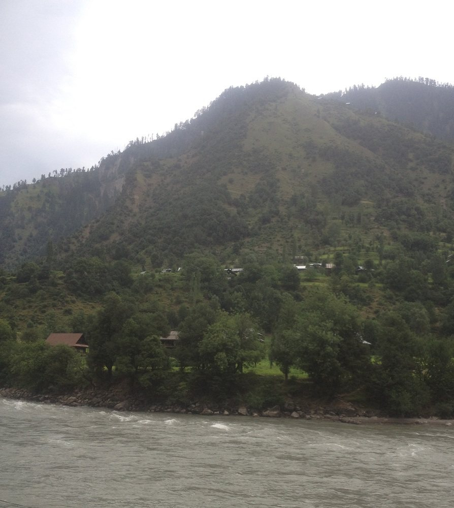 Occupied Kashmir in front of Keran
