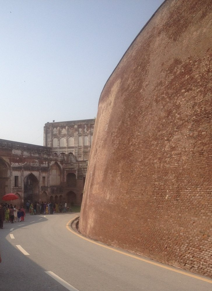 Shahi Fort Passage to Alamghir Gate
