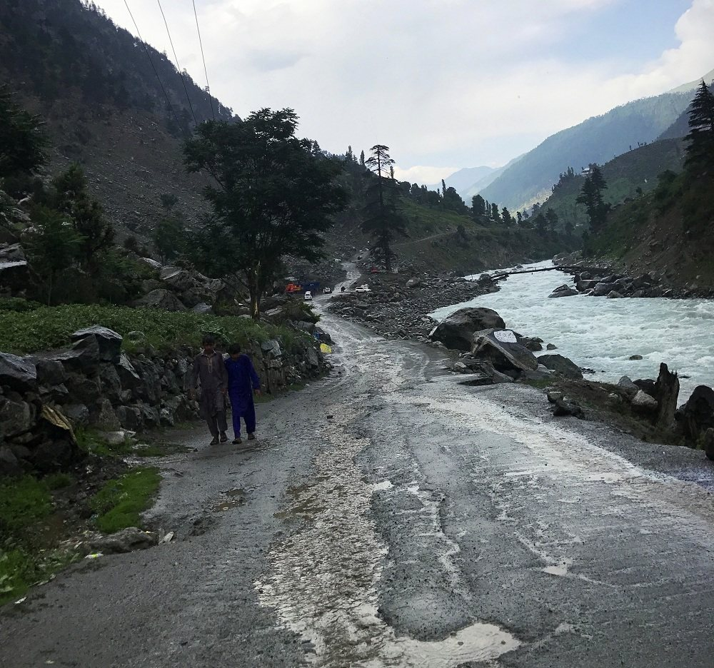 Road toward Kalam