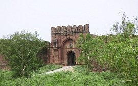 Side view of Rohtas Fort Entrance
