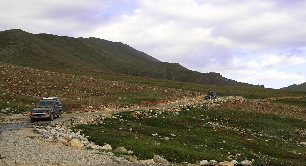 Travelling in Deosai Plains