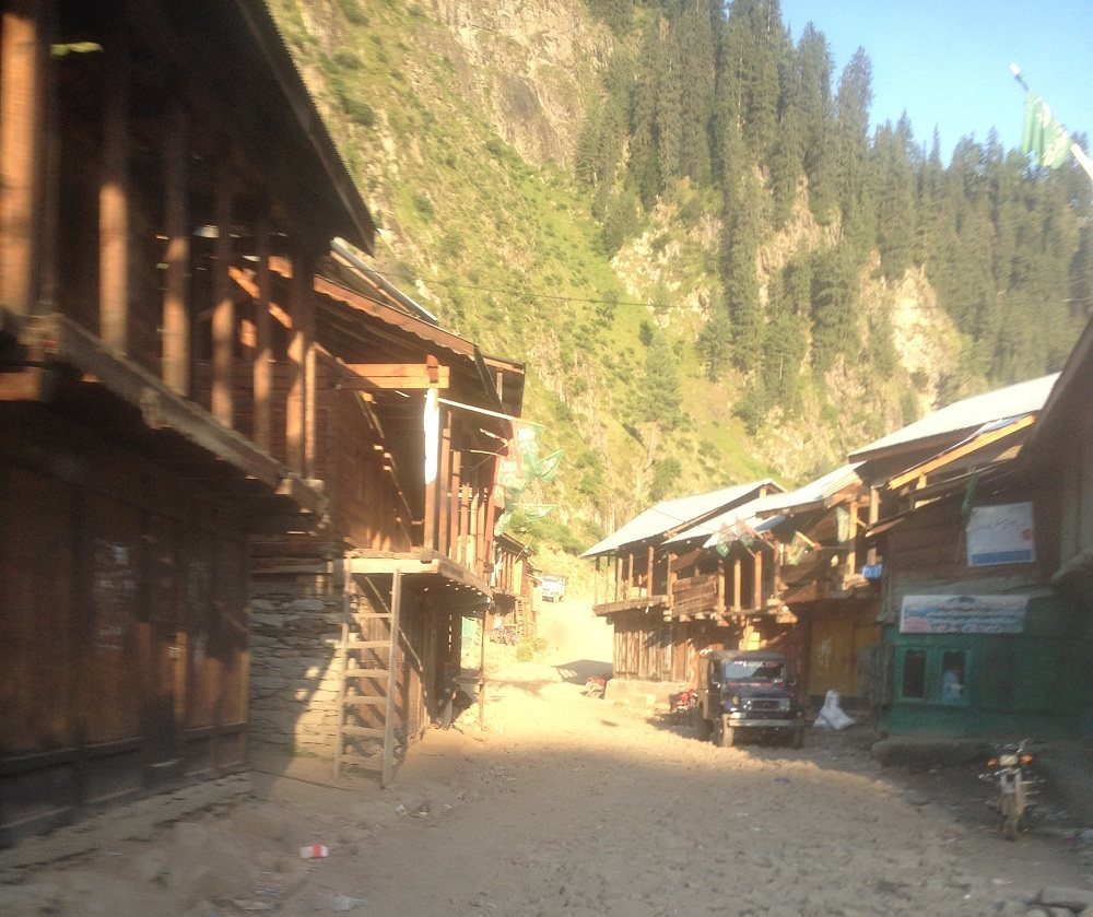 Village in the way of Taobat